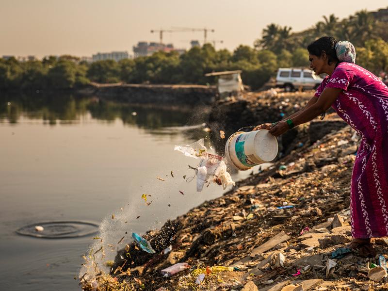 Throwing -garbage-at-rivers-lakes