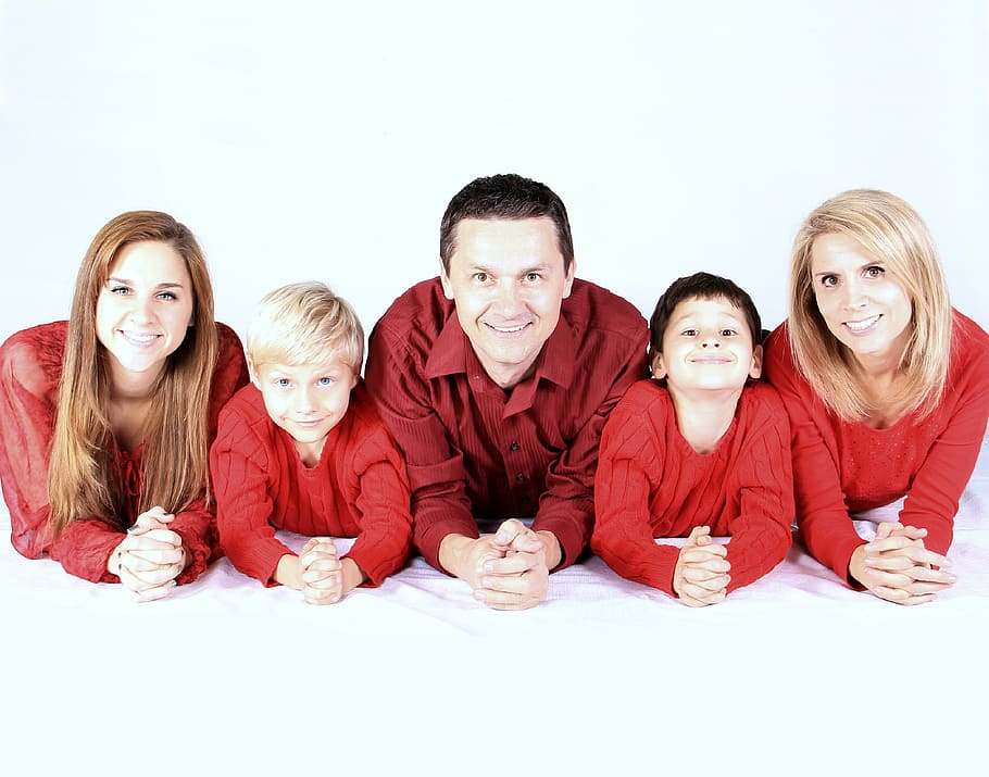 family-kids-happy-people-research-process